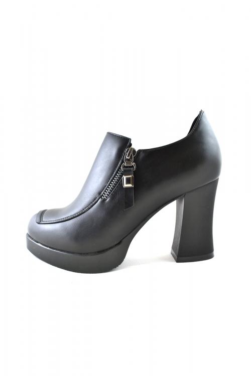 Елегантни обувки, стабилен висок ток, черен цвят